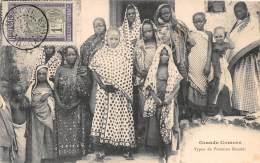 COMORES - H / Types De Femmes Kouési - Beau Cliché Animé - Comoros