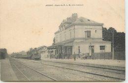 DEP 89 JOIGNY GARE DU P. L. M. AVEC TRAIN - Joigny