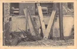 ** Lot De 4 Cartes ** EVENEMENTS Catastrophes - LYON SAINT JEAN (69) : 4 Vues Différentes - CPA - - Catástrofes