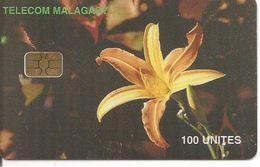 TC-ç-PUCE-MADAGASCAR-SA2-100U-ORCHIDEE JAUNE-TBE -RARE - Fleurs