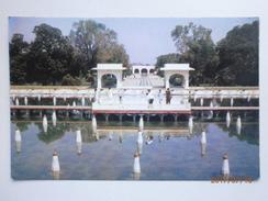 Postcard Shalimar Gardan Lahore Pakistan By Venus Agency Of Sadar Karachi My Ref B21549 - Pakistan