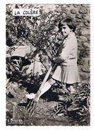 Cp N°  44  De  Louis  Buffier  -  La Colère  -  Enfant - Jardinage - Fotografie