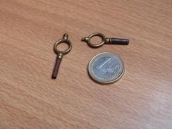 CLES (2) POUR MONTRE A GOUSSET. - Supplies And Equipment