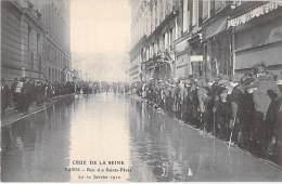 75 - PARIS Inondations De 1910  ( Crue De La Seine ) :  Rue Des Saints Pères - CPA - Inondations De 1910