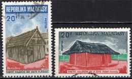 MADAGASCAR - 1969 - ABITAZIONI TIPICHE DEL MADAGASCAR - USATI - Madagascar (1960-...)