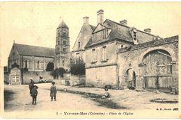CPA N°2822 - LOT DE 2 CARTES DE VER SUR MER - PLACE DE L' EGLISE + INTERIEUR DE L' EGLISE - France