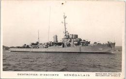 BATEAUX - GUERRE -- Destroyer D'escorte - Sénégalais - état - Warships