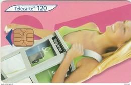120 U .  .05/05 . ORG1 .CABINE FEMME . - 2005