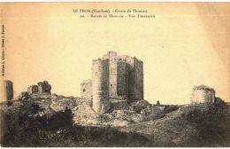 CPA N°2857 - LOT DE 2 CARTES LE THOR - GROTTE DE THOUZON - RUINES VUE D' ENSEMBLE + ANCIENS REMPARTS ET L' HORLOGE - France