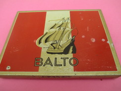Boite Métallique Ancienne/Cigarettes /BALTO/ Goût Américain / Régie Française/ Vers 1950 -1960          BFPP131 - Scatole