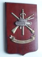 "Empresa Nacional "" SANTA BARBARA "" ( +/- 25,5 X 17 Cm. Et +/- 670 Gr. Voir Photo Svp ) Plaquette ! - Militaria"