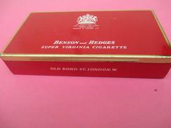 Boite Métallique Ancienne/Cigarettes /Benson & Hedges/Virginia/Old Bond/England/ Vers 1970 -1980          BFPP132 - Boxes