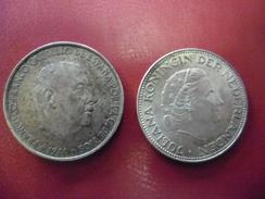Lot De 2 Monnaies : ESPAGNE 100 PESETAS ARGENT 1966 (66) Et 2,5 Gulden Silver Hollande Pays Bas Nederland Juliana 1961 - Monnaies & Billets