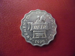Lot De 3 Monnaies : 2 Francs Rwanda 1970 - 5 Francs Mali 1961 - 10 Sengi Congo 1967 - Animaux Afrique - Kilowaar - Munten