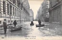 PARIS INONDE ( INONDATIONS DE 1910 ) Crue De La Seine : Rue De Lille - CPA - Seine - Inondations De 1910