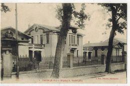 PYRENEES ORIENTALES THUIR : Hôpital S VIOLET Père - V° Militaria 24e Colonial - Otros Municipios