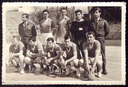 Fotografia EQUIPA ANDEBOL / FUTEBOL 7 (?) Com MILITARES Regimento De Cavalaria Campeonato Militar (PORTO) 1960s PORTUGAL - Handball
