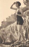 CARTE PHOTO DANS LES ANNEES 1930 - Pin-Ups