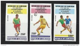 "Cameroun Aerien YT 327 à 329 (PA 327 à 329) NON DENTELES "" Football "" 1984 Neuf ** - Camerún (1960-...)"