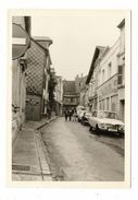 "EURE / BERNAY / RUE HUBERT DESCOURS  ( Automobiles Années 60 : RENAULT R16 + AUTO-ECOLE ""J. NAUDAN"" ) - Bernay"