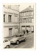 EURE / BERNAY /  RUE  HUBERT  DESCOURS  ( Automobiles Années 60 ) - Bernay