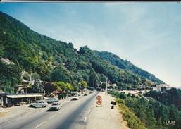 73---RARE---EN SAVOIE--sur La Route Du Tunnel Du Chat-( Voitures Des Années 70 ) )--voir 2 Scans - France