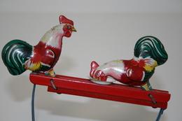 Vintage TIN TOY : Mark UNKNOWN - Pecking Chicken Toy - 16cm - China 1960s - - Figurines