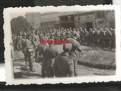 WW2 PHOTO ORIGINALE Soldats Allemands à LA SELLE CRAONNAISE Près Craon Chateau Gontier Laval MAYENNE 53 N°3 - 1939-45