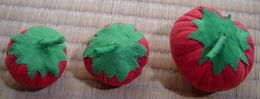 3 Fabric Tomatoes - Creative Hobbies