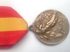 Medalla Alzamiento Y Victoria. España. Ejército Nacional. 1936-1939. Guerra Civil Española - Spagna
