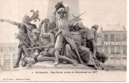 St-Quentin- Bas-Relief; Droite Du Monument De 1557 - Saint Quentin