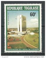 "Togo Aerien YT 439 (PA 439) "" Inauguration : Hotel "" 1981 Neuf ** - Togo (1960-...)"