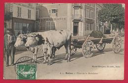 CPA Bains - Place De La Madeleine - Bains Les Bains