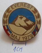 EVEREST MAJ 1979 (JUGOSLAVIJA) Mount Everest Expedition SKIING SKI,Alpine,Climbing,Mountain PINS BADGES Z3 - Alpinisme, Beklimming