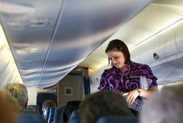 T80-104 ]  Flight Attendants Air Attendants Stewardesses Hostesses Cabin Crew , China Pre-paid Card, Postal Stationery - Jobs