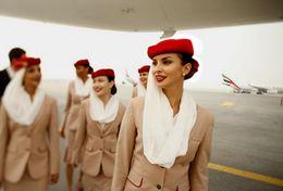 T80-118 ]  Flight Attendants Air Attendants Stewardesses Hostesses Cabin Crew , China Pre-paid Card, Postal Stationery - Jobs