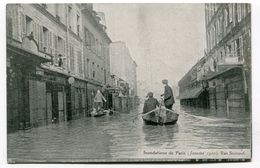 CPA   75  :   PARIS    Inondations 1910 Rue Surcouf   A  VOIR  !!!!!!! - Paris Flood, 1910