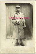 Guerre 1914-6e Régiment-photographie Envoyée Le 4 Septembre 1917 à Une Marraine Par Bécaud ? Format 8,8 X 13cm - Guerre, Militaire