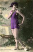 BAIGNEUSE - Swimming