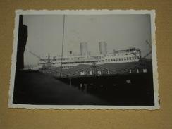 Petite Photo Ancienne ANVERS Maritime Gros Paquebot Vu De La Fenêtre De L'hotel - 1935 - Lieux