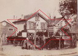 """Photo 1893 SCEAUX-ROBINSON - """"Maison Garnier, Voitures, Chevaux, Selles"""" (A177) - Sceaux"""