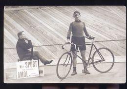 CYCLISTES SUR PISTE BORGNE  CARTE  PHOTO ALLEMANDE  1918 - Allemagne