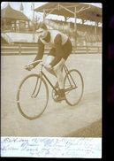 CYCLISTE  SUR PISTE  ALLEMANDS  CARTE  PHOTO  1918 - Allemagne