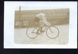 CYCLISTE  SUR PISTE  ALLEMAND    CARTE  PHOTO - Allemagne