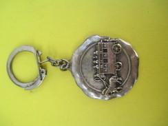 Porte-clé Métallique/Automobile/Garage Des Sports / UNIC-FIAT/ Chatillon /Années 1960-1970            POC242 - Porte-clefs