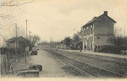 A-17- 8435 : GARE.  CHEMIN DE FER. BENGY - Autres Communes