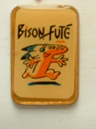 PIN'S BISON FUTE - Pins