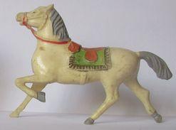 Figurine Beffoid Cheval Au Trot Plastique Dur - Figurines