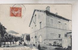 LES ALLUETS LE ROI  PLACE DE LA MAIRIE - Francia