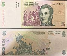 C) ARGENTINA BANK NOTE 5 PESOS ND 2002 UNC JOSE DE SAN MARTIN - Argentina
